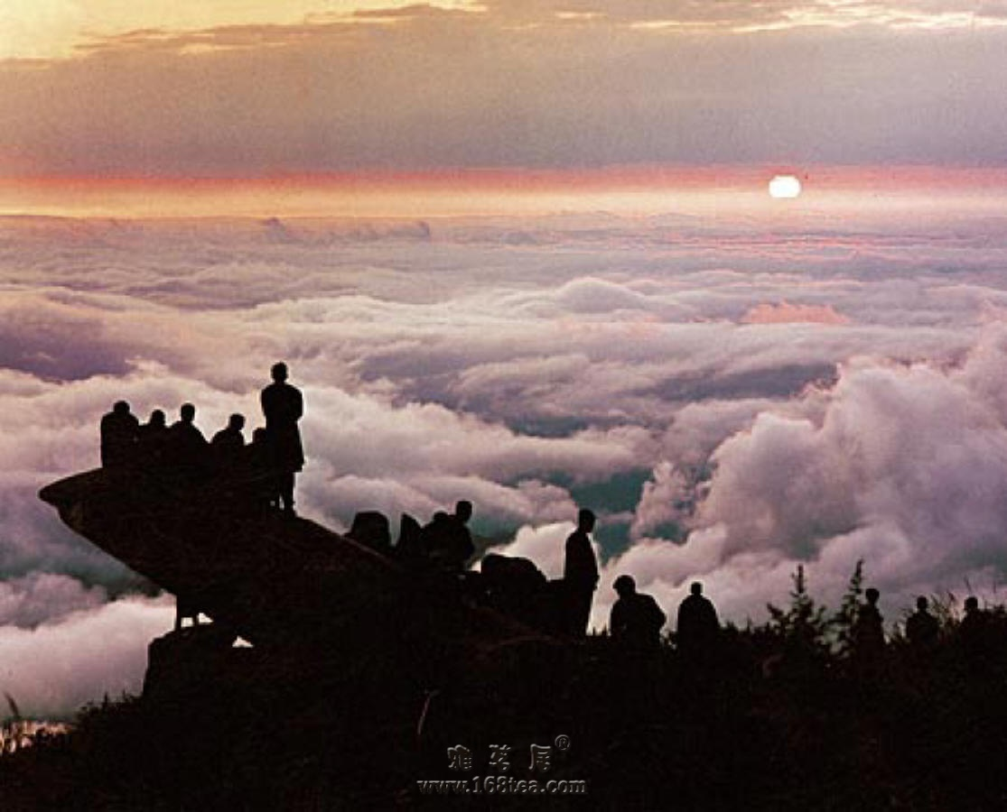 [原创]泰山顶上看风光,江山如画