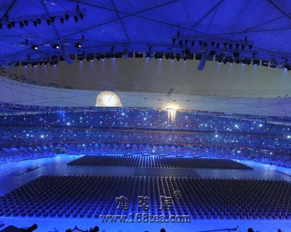 [转帖]奥运开幕式电视上看不到的镜头
