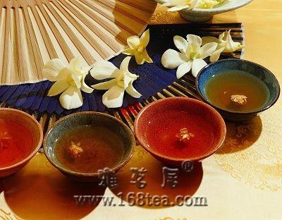 【同题作文】三个女人一壶茶