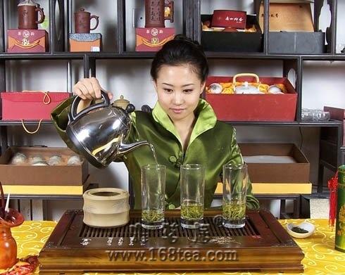 明前绿茶茶艺表演(组图)