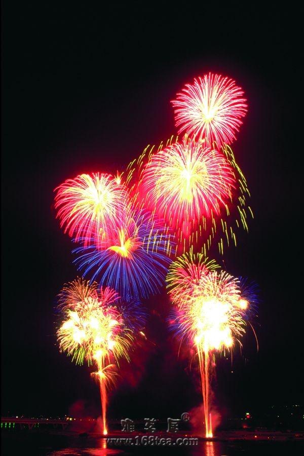 庆祝雅茗居三周年之际、IP来访量突破五千多/日。