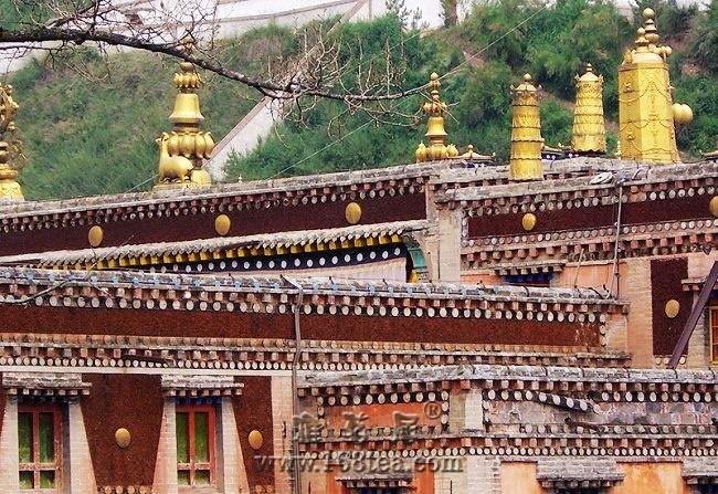 青海省藏传佛教第一大寺院---塔尔寺