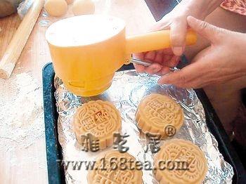 中秋快到了,分享月饼DIY制作方法