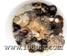 木耳红枣鲫鱼汤