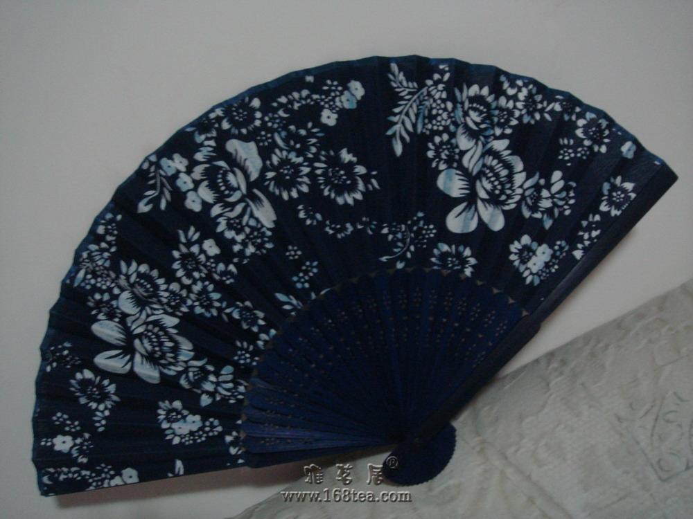 夏日、蓝花扇、老茶