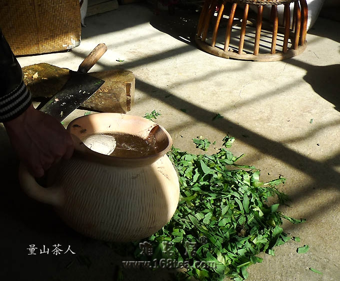 茶舍�f话――觅七夕陶罐,叹古道荒芜