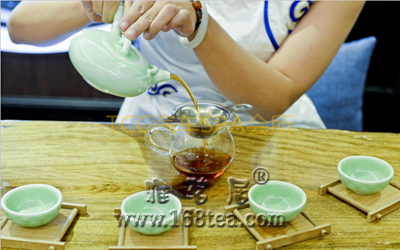 TCC为你解读乌龙茶的功效