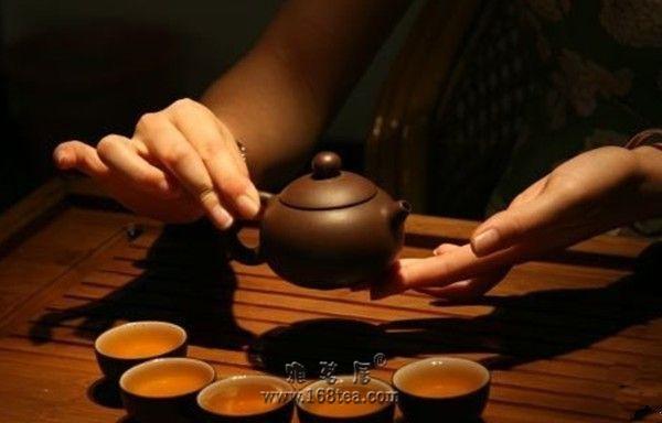 茶礼仪,茶的暗语与礼仪