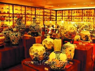 当代瓷器收藏正当时 收藏投资要看作品质量(图)