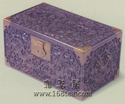 紫檀雕龙箱清