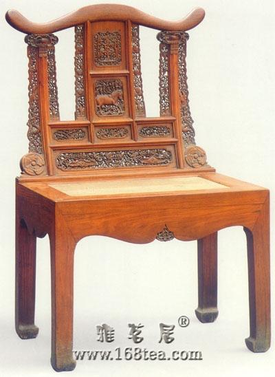 黄花梨雕花靠背椅