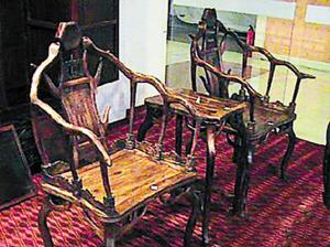 海南黄花梨创造神话 旧椅子10年暴涨400倍
