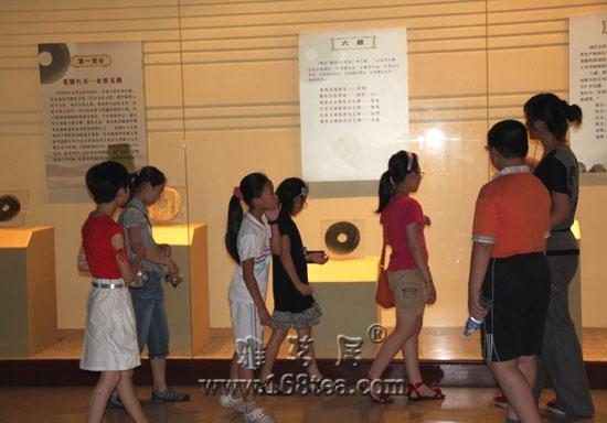 先秦玉器精品展在嘉兴博物馆举行
