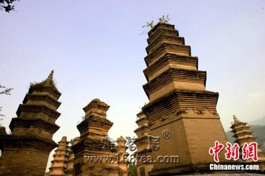 中国嵩山历史建筑群申遗成功