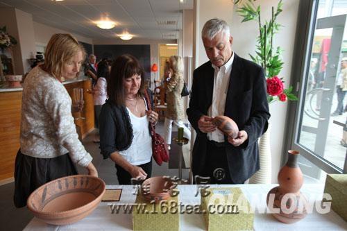 首届中国仰韶彩陶文化展瑞典开幕