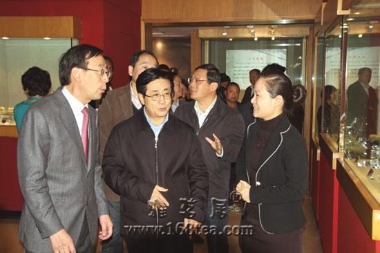 浙江省委书记赵洪祝考察浙江省博物馆