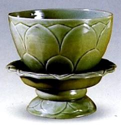越窑瓷器仿品的特点及识别(一)