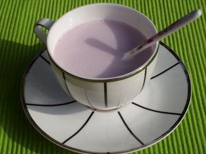 薰衣草奶茶的做法