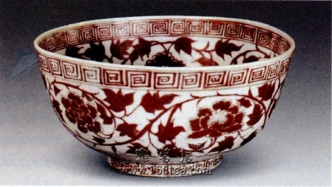 明洪武釉里红瓷釉什么显著的特点?―瓷器问答第三十问