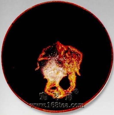 宋代吉州窑黑釉木叶纹盏欣赏