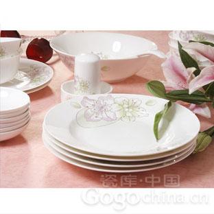 骨瓷餐具有毒么 选购陶瓷餐具的技巧