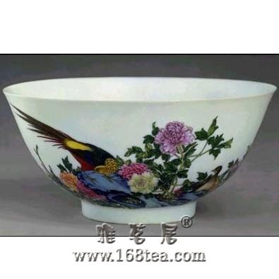 名瓷欣赏—雍正珐琅彩雉鸡牡丹纹碗
