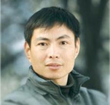 王强陶瓷工艺美术副教授