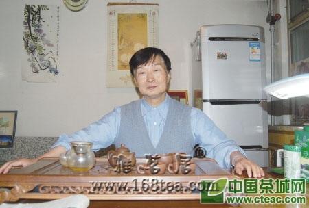 著名文学评论家蓝棣之:那些喝茶