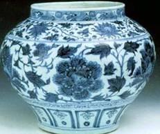 元代宫廷御用青花瓷缠枝牡丹纹罐