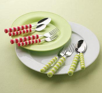 整体餐具引发的色彩时尚