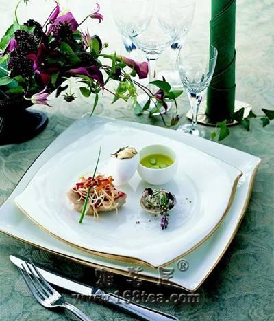 细瓷餐具 雅致风情