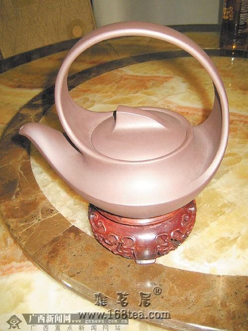 藏友6000元买到名家紫砂壶仿品 仍然有人出高价接手