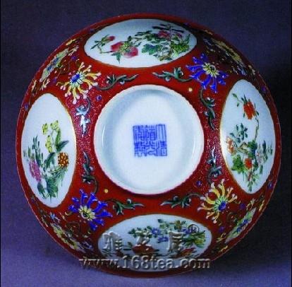 收藏笑话:瓷器店的鹦鹉8