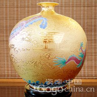 世博收藏品精品赏——限量世博礼品龙凤呈祥东方明珠花瓶