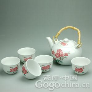 陶器茶具与瓷器茶具的区别