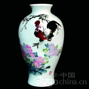 如何选购陶瓷大花瓶