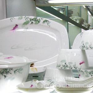 古今陶瓷装饰图腾崇拜:鱼纹的发展