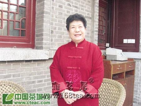 曲艺家马增蕙:茶到好处杯难释(