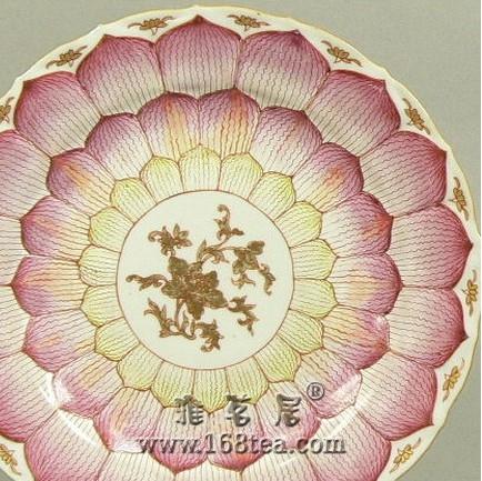 瓷器装饰纹饰之莲花纹