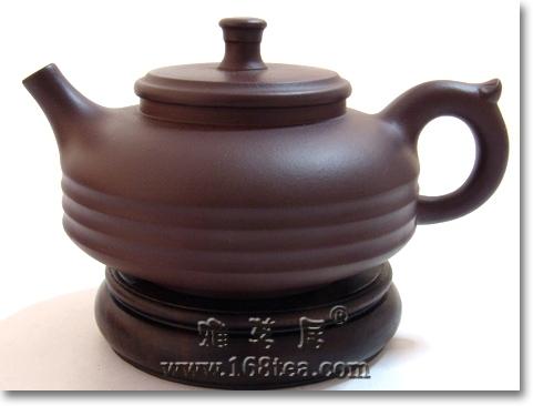 好的紫砂壶有三点相通之处:气度、工艺、文韵