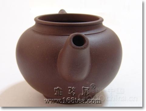 紫砂壶是既具把玩功能,又具有收藏价值的工艺美术精品