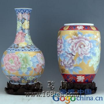 中国瓷器历来就备受西方人青睐,也是西方了解中国的重要窗口