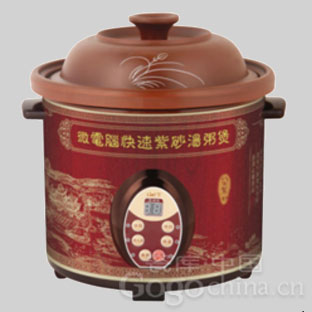 紫砂锅煲汤利于养生,很受广大消费者的青睐