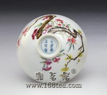 清代雍正粉彩与没骨花—瓷器收藏