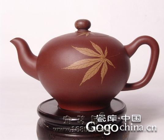 随着龙年礼品紫砂茶具热,其造型和鉴定标准造型是关键