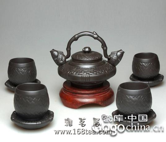 龙年礼品紫砂茶具热,要想深入发展需靠消费者的认同