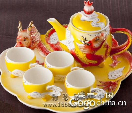 陶瓷茶具形象化,是作为龙年礼品的一大特征