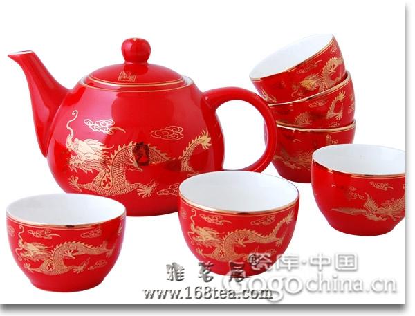 茶具本身所具有的文化底蕴,在龙年礼品里源远流长受关注