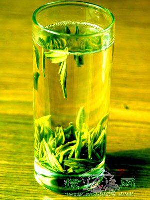 苹果+绿茶喝出瘦美人