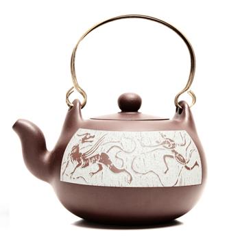 紫砂壶物质基础做依托,彰显不同的茶艺风格背景